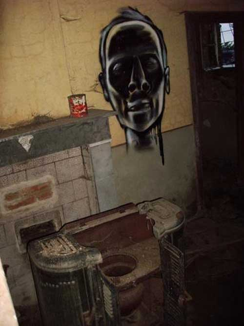 ghosthouse1.jpg