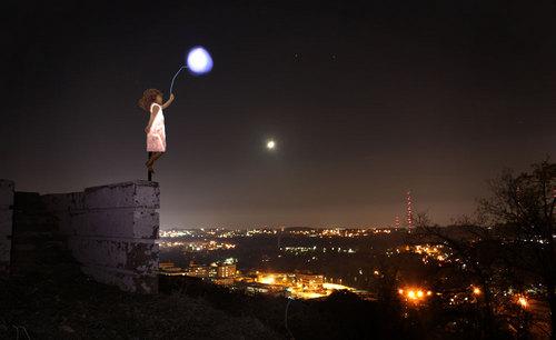 Girl-Balloonlemail.jpg